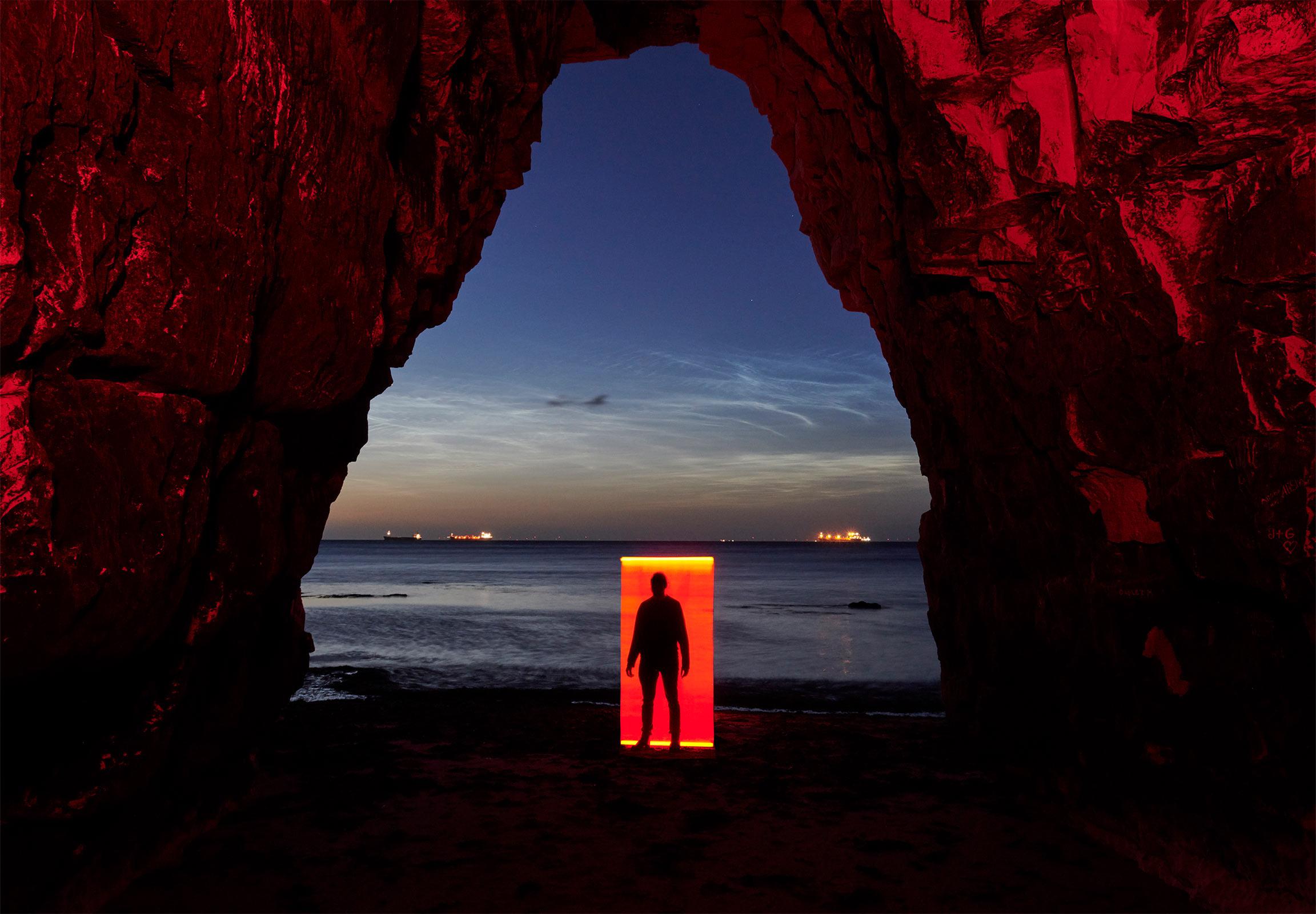 The Portal - Mads Perch x Roberto Rosolin